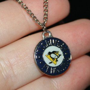Silver Pittsburgh Penguins necklace 24""